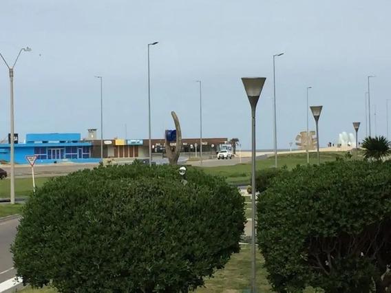 Alquilo Anual Frente Al Mar Hermoso Depto.de 2 Dorm En Punta