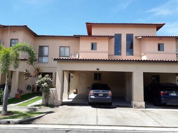 Casa En Venta En Panama Pacifico #19-10802hel**