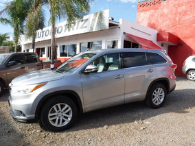 Toyota Highlander Le 2015 Impecable !!!