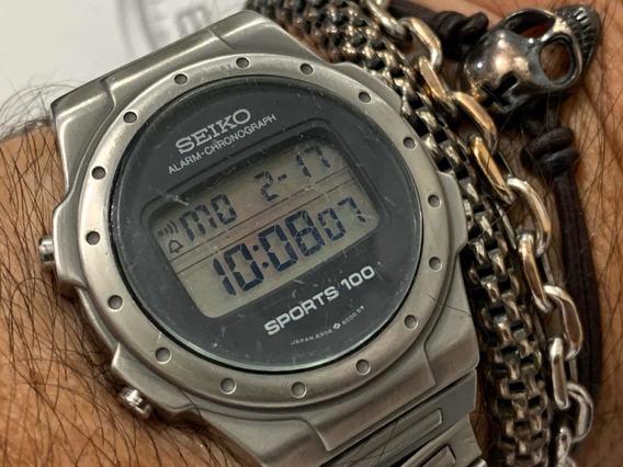 Seiko A904-6000 Sport 100 Digital Alarm Chronograph Japan