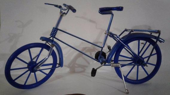 Miniatura Bike Artesanal Em Metal, Pneus De Borracha Nova !