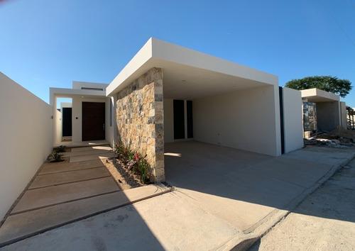 Imagen 1 de 28 de Casa Nueva De Una Sola Planta En Venta, Serena, Dzitya, Méri