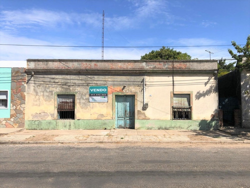 Casa Para Reciclar En Zona Oeste     Carmelo
