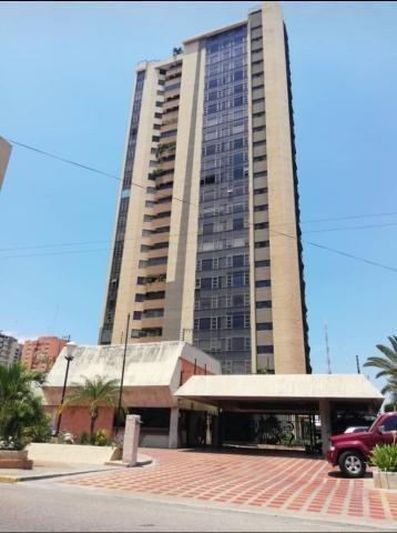 Apartamento En Venta. Plaza De La República. Mls 20-2374. Ad