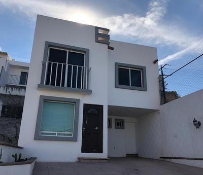 Casa Amueblada Y Equipada, Monte Blanco I, Centro Sur!