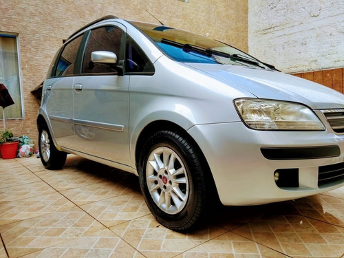 Imagem 1 de 13 de Fiat Idea