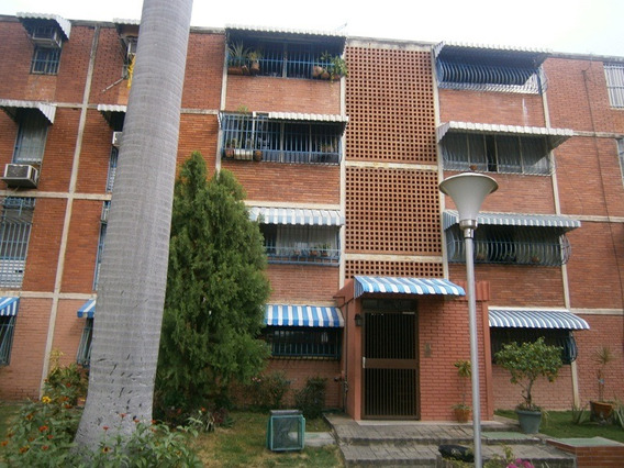 Apartamento Urb Fundacion Maracay 04141291645