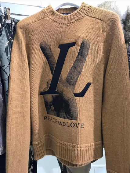 Chompa Louis Vuitton
