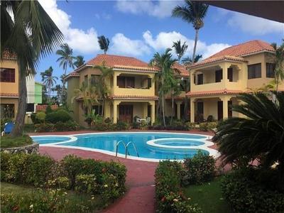Villa Las Palmera Deluxe. Ideal Families Near Matilda Beach.