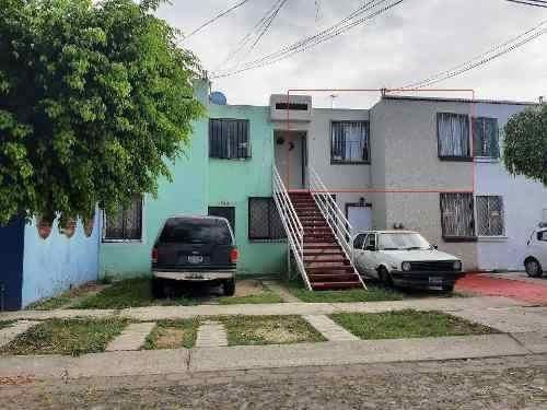 Casa Dúplex En Venta Jardines Del Valle Zapopan Jalisco