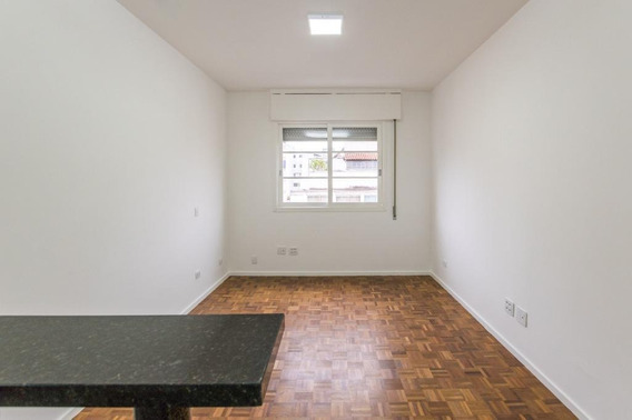 Stúdio Para Locação, Completamente Reformado Ao Lado Da Santa Casa De São Paulo, No Bairro Santa Cecília. - St0022