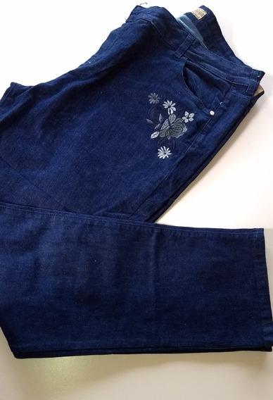 Jeans Azul Elastizado Bordado Talle 58