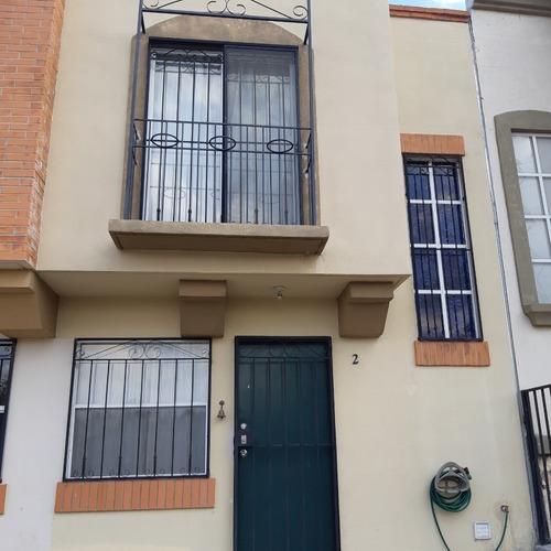 Casa Renta Amueblada, Cerca Parque Bernardo Quintana