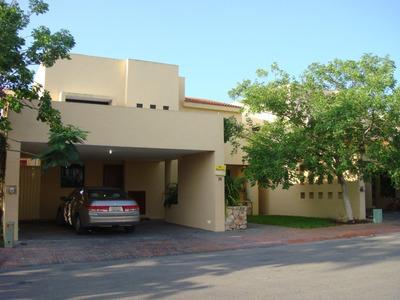 Casa 3 Recámas Amplio Jardín En Privada Al Norte De Mérida
