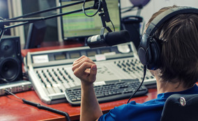 Streaming - Tenha A Sua Própria Rádio On-line Webrádio/fm/am