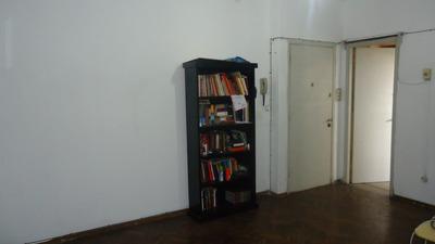 Apartamento De 1 Dormitorio En Blandengues Y Arenal Grande.