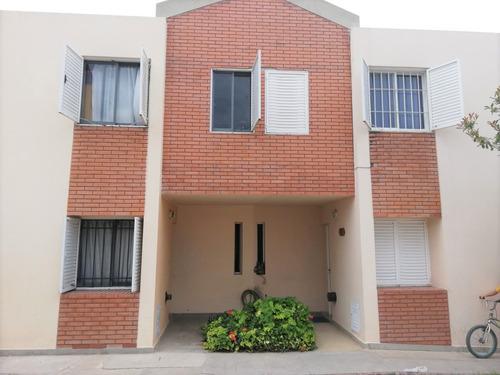 Imagen 1 de 14 de Oportunidad Duplex A La Venta, Calle Diego Cala 400