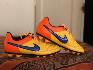 Nike Tiempo, Chimpunes Talla 4.5y Usa - 36,5 Eur