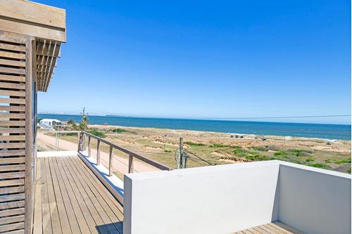 Casa En Venta 5 Dor, Vista Al Mar, Piscina