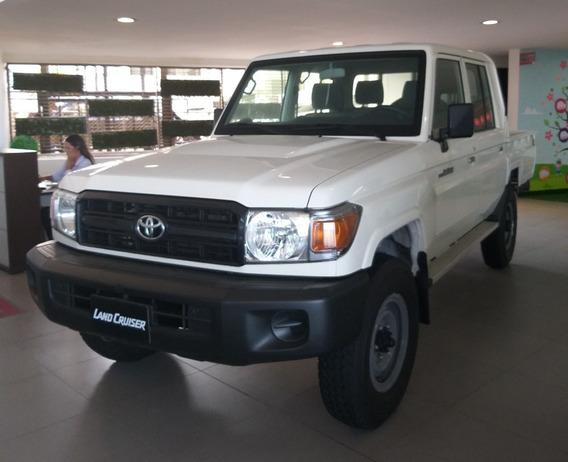 Toyota Land Cruiser 79 Modelo 2019