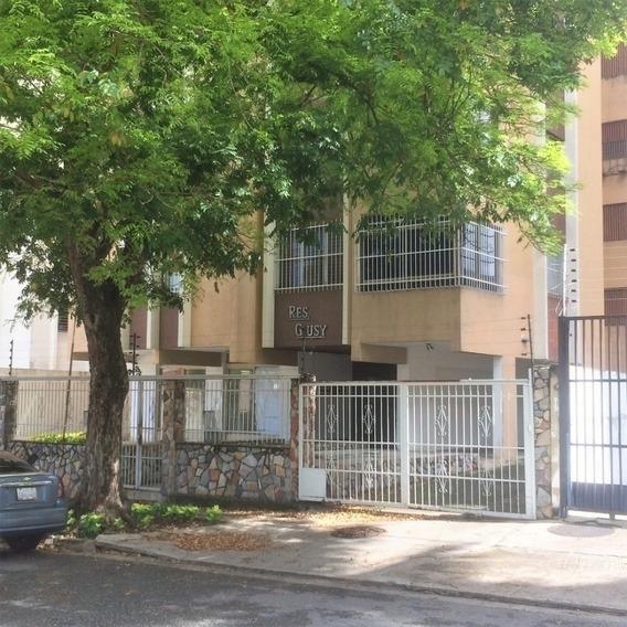 107 Mts2 Apartamento En Venta, La Trigaleña, Valencia.