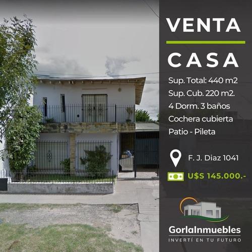 Venta Casa 4 Dorm. Pileta - Cochera - Pileta - Lobos
