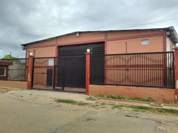 Galpon En Alquiler Beatriz Rincon Ciudad De La Faria #20-