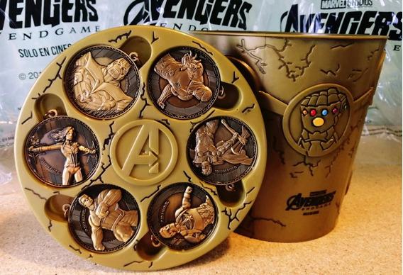 Cubeta Con Llaveros Avengers Endgame Cinépolis