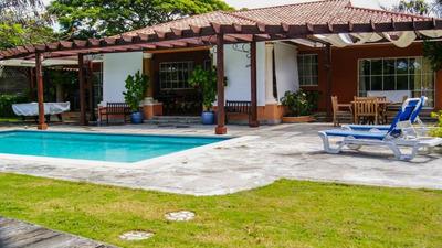 Villa En Guavaberry, Chulisima Para Vacacionar!!