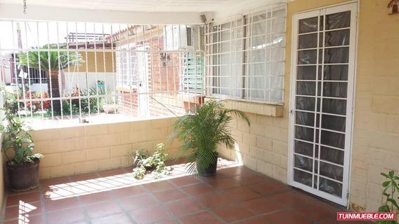 Casas En Venta Prados De Cagua 04166467687