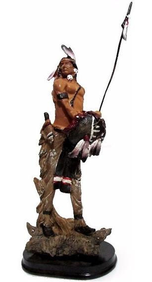 Índio Com Escudo E Lança 30 Cm - Estátua Importada
