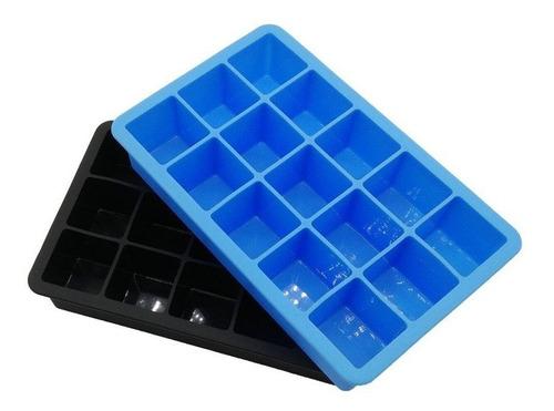 Imagen 1 de 5 de Molde De Silicona Para 15 Cubos De Hielo 3.3 Cm - Cukin