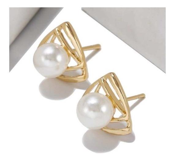 Arete Corea Con Perlas Geométricos De Triangulo Para Dama