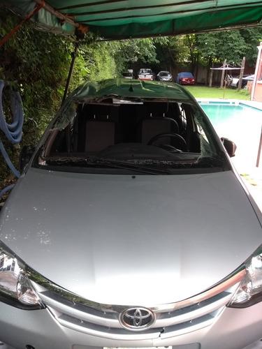 Toyota Etios Chocado Etios Xls 1.5 Xls 1.5