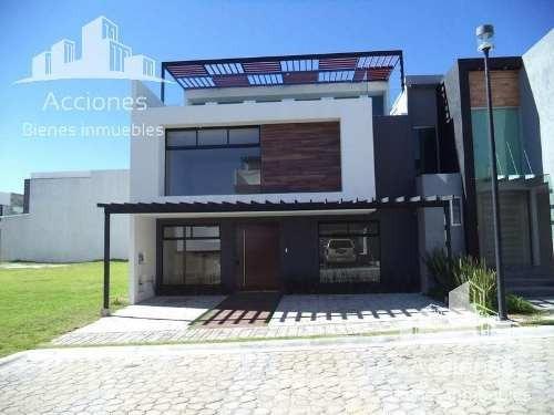 Residencia En Venta Parque Nuevo León. Lomas De Angelópolis