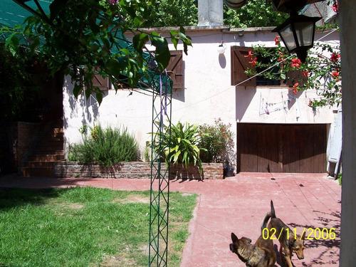 Imagen 1 de 8 de Venta De Casa P. Único En El Centro De Durazno. Piscina