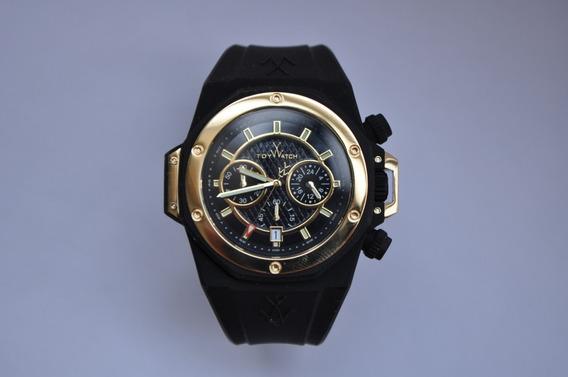 Reloj Marca Toywatch Nuevo Grande Dorado Y Negro Cronómetro