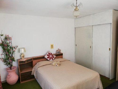 Se Renta Bonita Habitación Amueblada Con Todos Los Servicios En Coyoacán, Col. Educación
