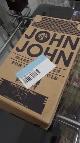 Tênis Em Couro John John, Número 39, Novo