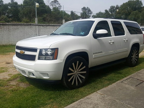 Chevrolet Suburban 5.3 Lt Mt 2013