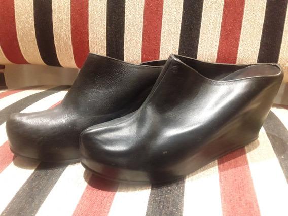 Zapatos Suecos Clona Negros De Cuero De Mujer Talle 38