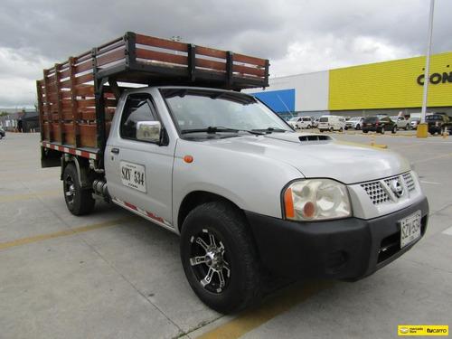 Nissan Frontier 2.5 Np 300 Estacas