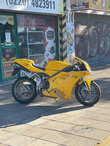 Ducati 748