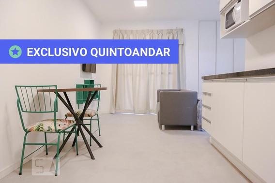 Studio No 7º Andar Mobiliado Com 1 Dormitório - Id: 892972437 - 272437