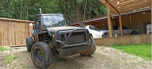 Imagem 1 de 9 de Jeep Trilha 4x4 Motor Subaru