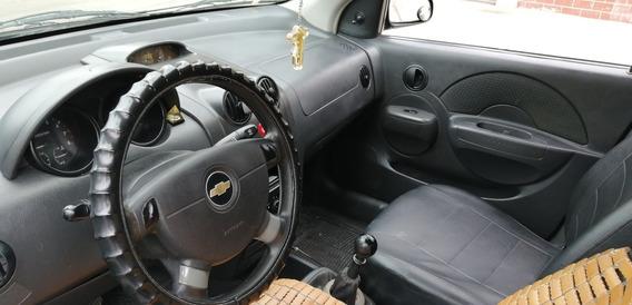 Chevrolet Aveo Activo 1,6 De 5p Color Negro Como Nuevo
