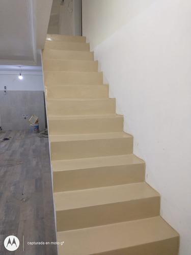 Imagen 1 de 6 de Microcemento Alisado En Escaleras ,terrazas, Mesadas, Baños
