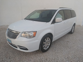 Chrysler Town & Country 2016 Touring Tela