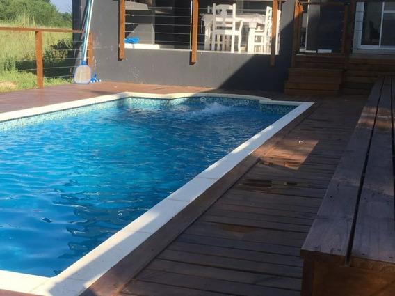 Casa De 4 Dormitorios Costa Esmeralda Con Piscina
