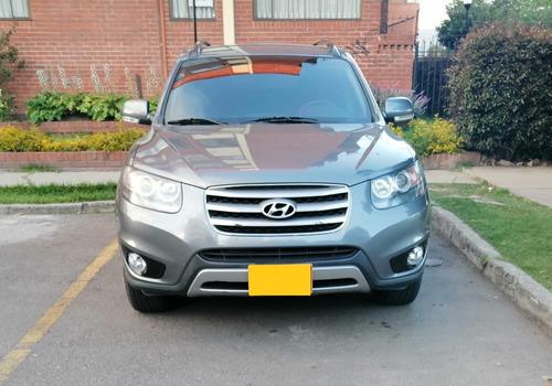 Hyundai   Santafe 2.4  Gasolina ,mecanica  4x2   7 Puestos